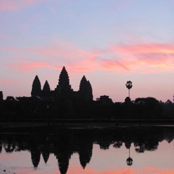 Angkor Wat bij zonsopkomst