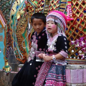 Kinderen bij Wat Doi Sutep (Noord-Thailand)