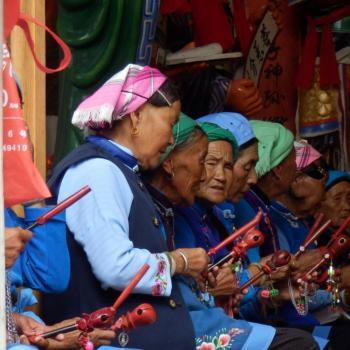 Ceremoni in plaatselijke tempel - Dali