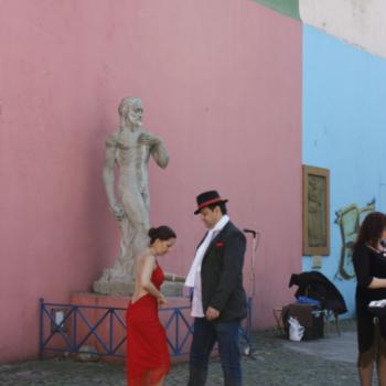 Tango dansen op straat in La Boca