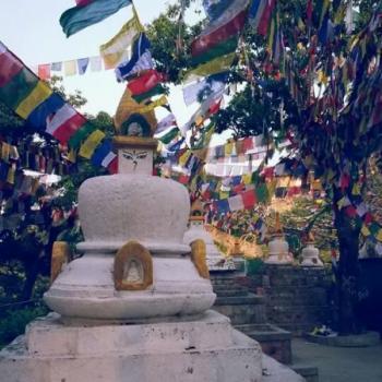 De vele stoepas en tempels zijn tekenend voor Nepal