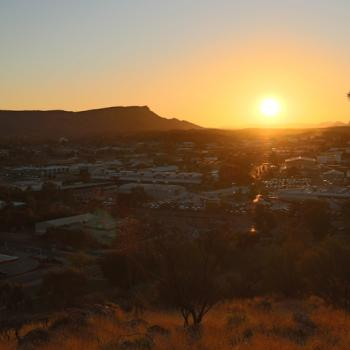 Alice Springs bij zonondergang