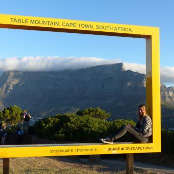 Bovenop Signal Hill met uitzicht op de Tafelberg.