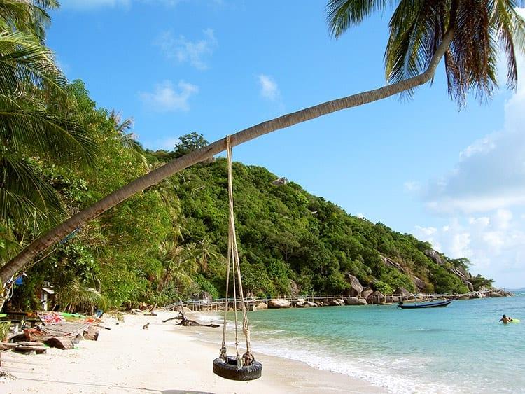 Een van de vele mooie stranden op Koh Phangan