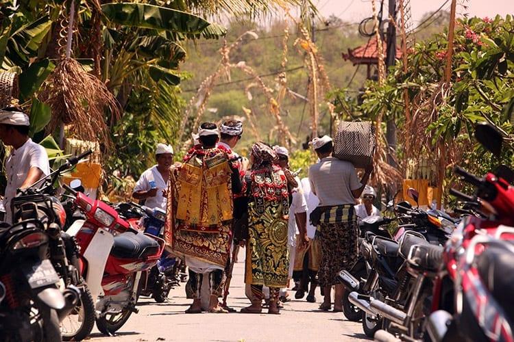 Traditionele ceremonie op het eiland Nusa Lembongan