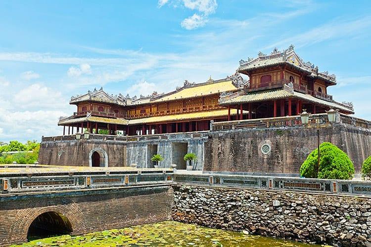 De citadel aan de noordkant van de Parfumrivier