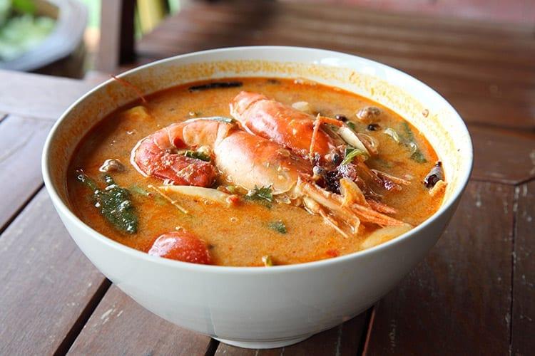 Tom Yam soep, Thailand