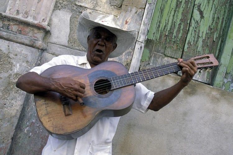Muzikant in Santiago de Cuba