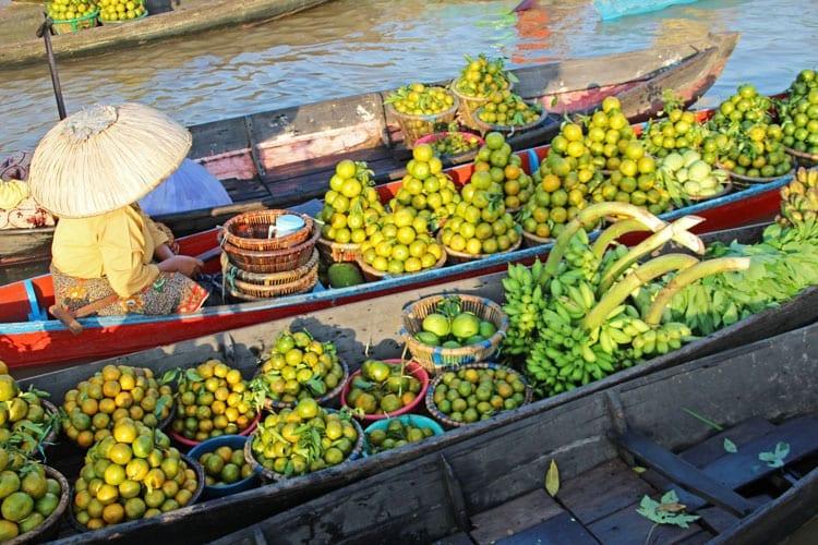 De drijvende markt van Banjarmasin