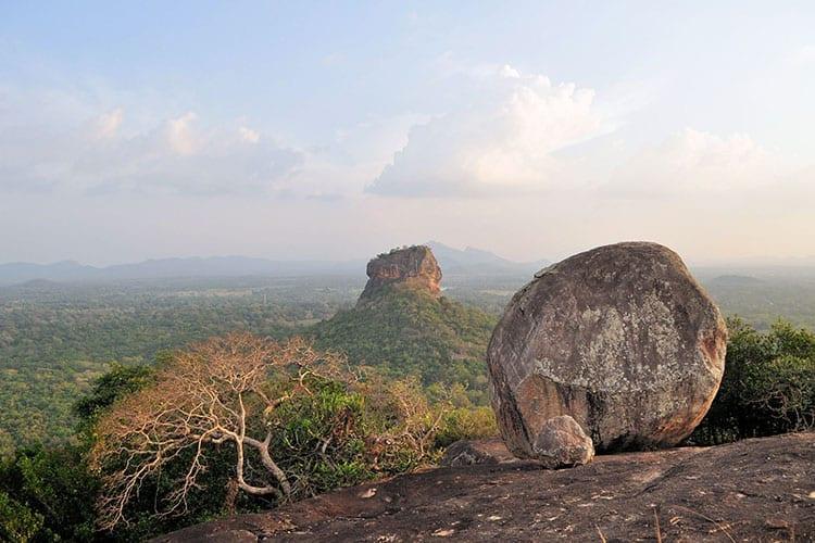 Uitzicht vanaf de Pidurangala rots