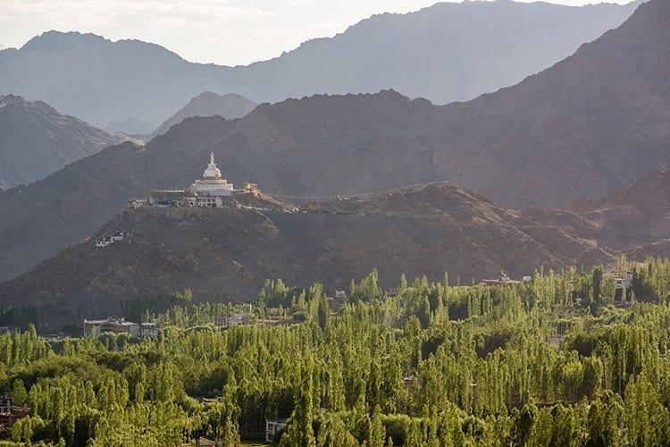 Shanti Stupa bij Leh