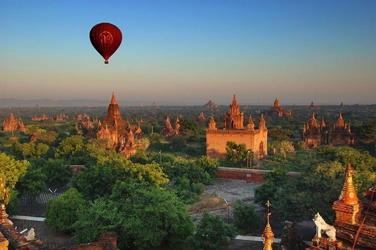 Luchtballonvaart Bagan