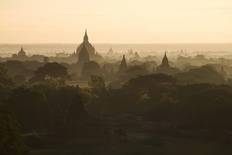 Zonsopkomst Bagan