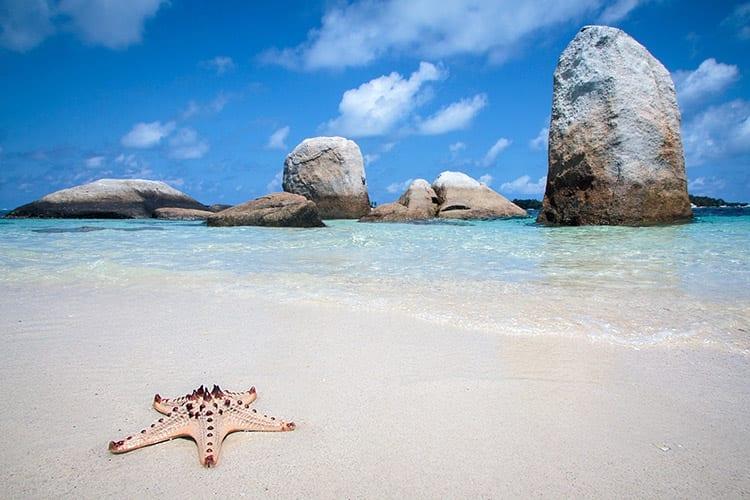 Batu Berlayar, Belitung