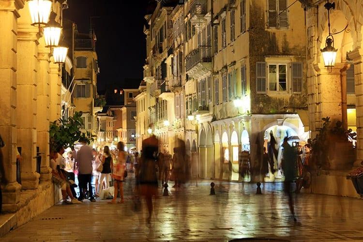 Liston, Corfu stad