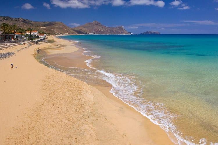 Strand bij Porto Santo, Madeira