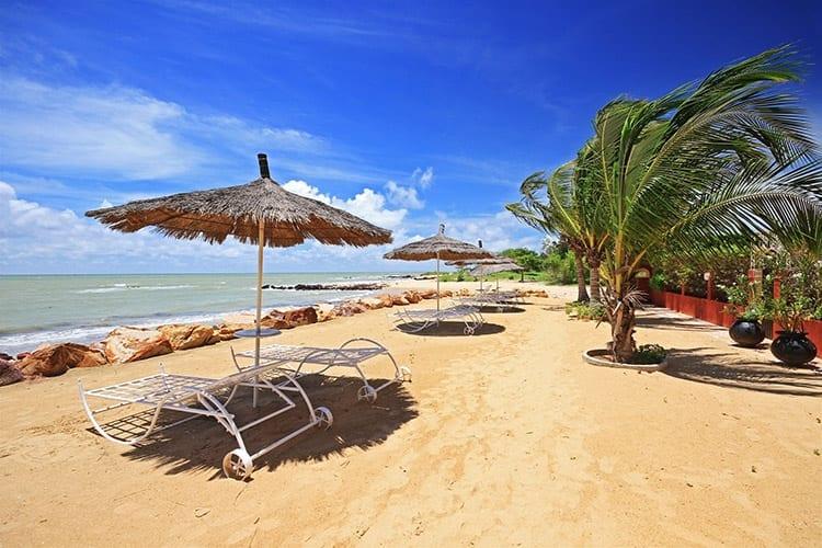 Badplaats Saly in Senegal