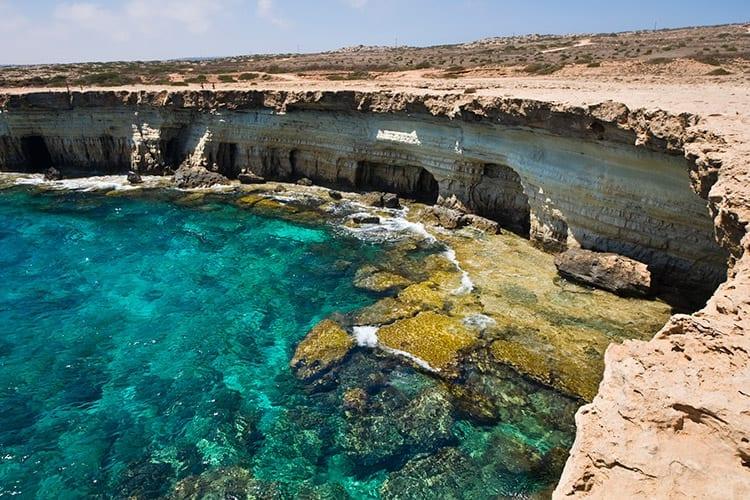 Zeegrotten bij Ayia Napa, Cyprus