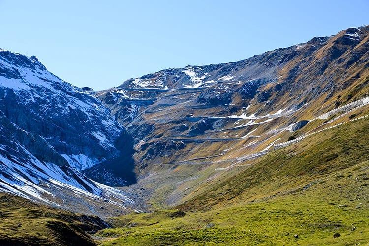 Stelvio pass, Dolomieten