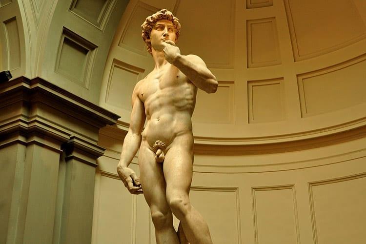 Het 'David' beeld van Michelangelo in Galleria dell'Accademia
