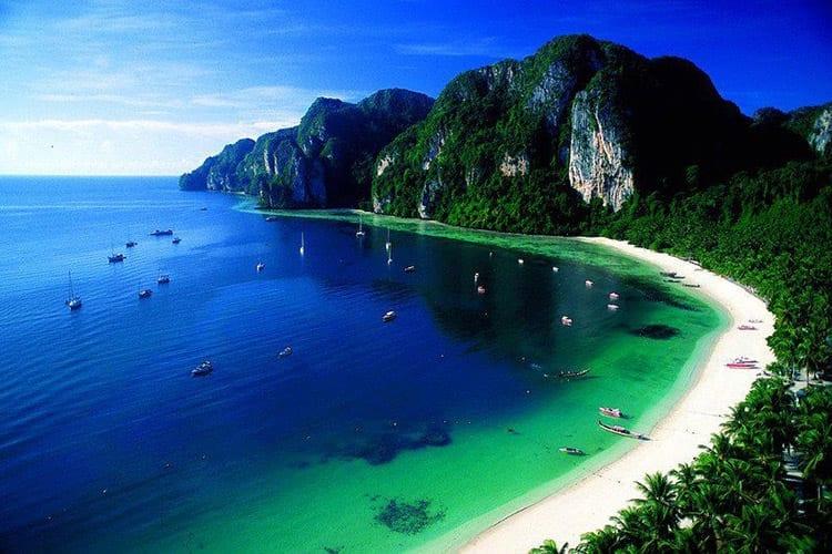Ao Loh Dalum, Koh Phi Phi