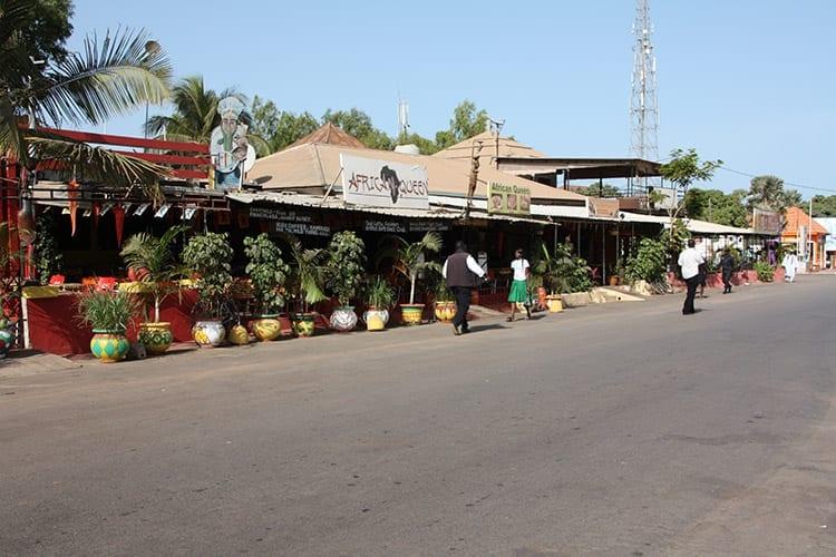 Senegambia Strip, Kololi