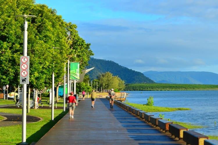 Esplanade Walking Trail, Cairns