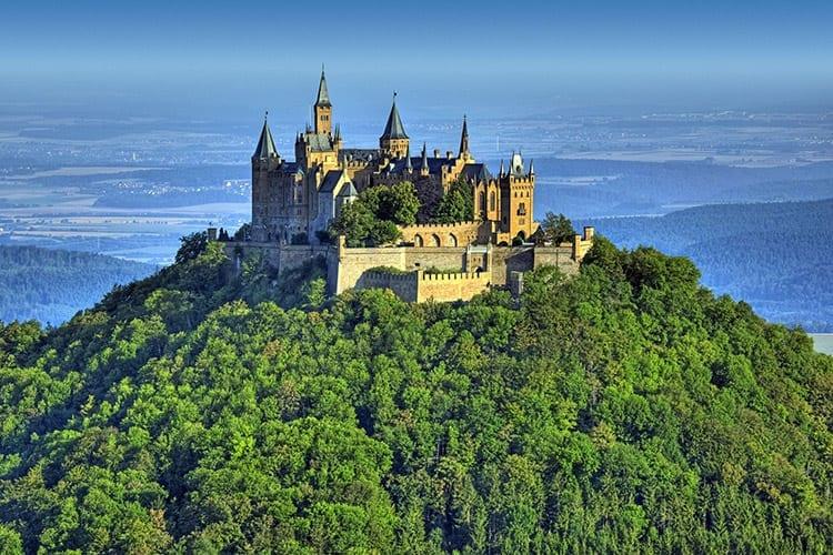 Burg Hohenzollern, Zwarte Woud