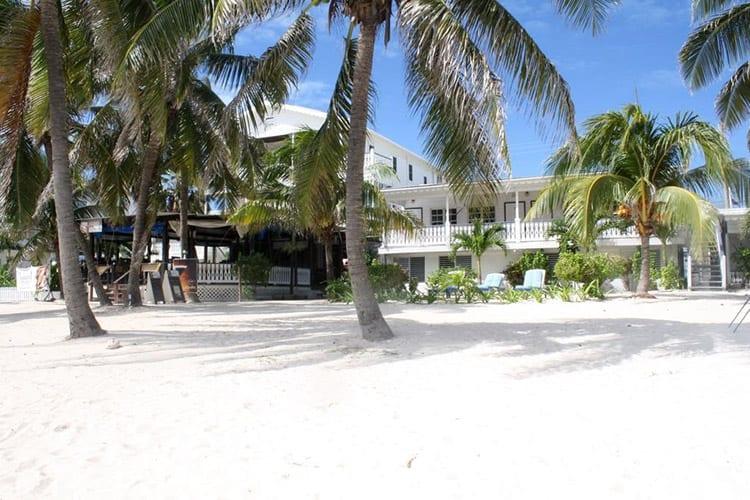 Holiday Hotel, Ambergris Caye
