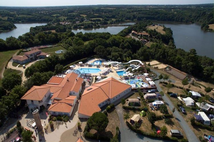 Camping Le Pin Parasol, Loire