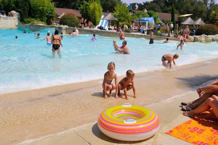 Camping les Alicourts Resort, Rhône-Alpes