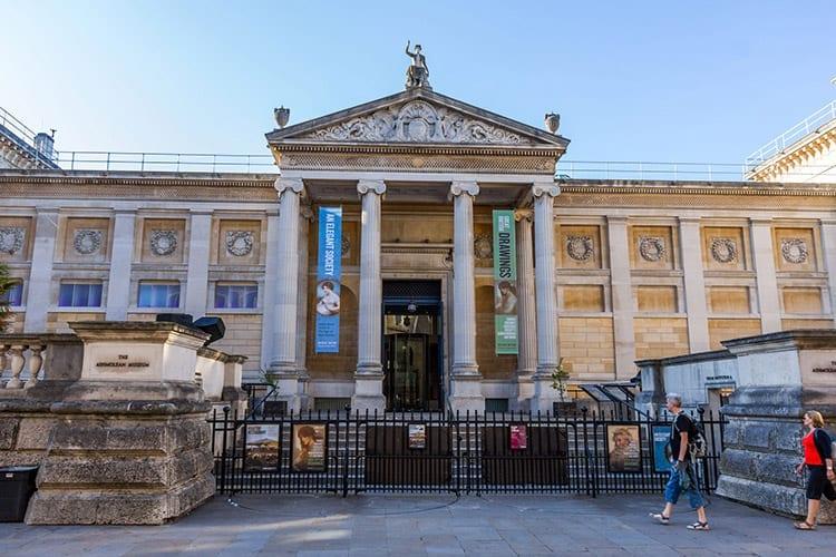 Ashmolean Museum, Midden-Engeland
