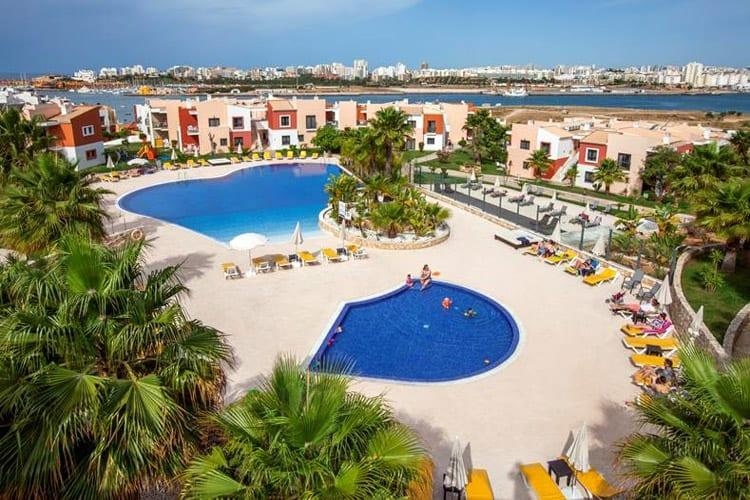Algarve, Ferrugado, Vitor's Village